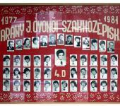 4.D osztály tablója 1977-1981-ből (Fotózott tabló)