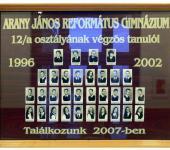 12.A osztály tablója 1996-2002-ből (Fotózott tabló)