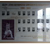 12.A osztály tablója 1999-2005-ből (Fotózott tabló)