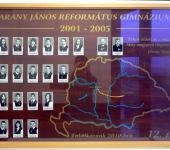 12.D osztály tablója 2001-2005-ből (Fotózott tabló)