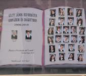 12.B osztály tablója 2006-2010-ből (Fotózott tabló)