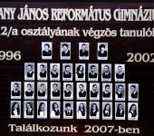 12.A osztály tablója 1996-2002-ből (Szkennelt tablókép)